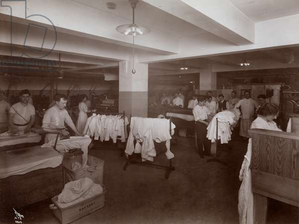 The laundry room at the Hotel McAlpin, 1913 (silver gelatin print)