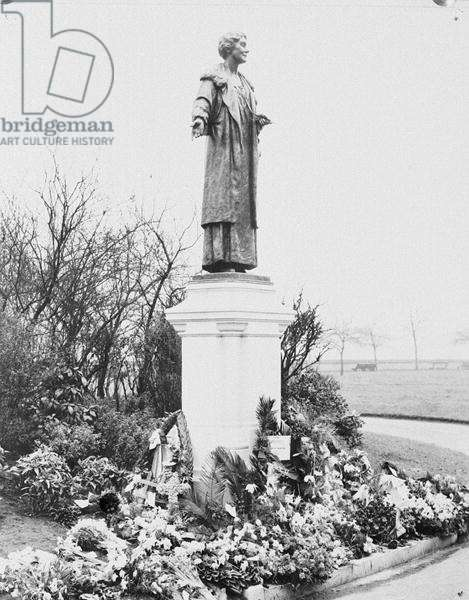 Statue of Emmeline Pankhurst (1857-1928) by A.G. Walker (1861-1939) in Victoria Tower Gardens (b/w photo)