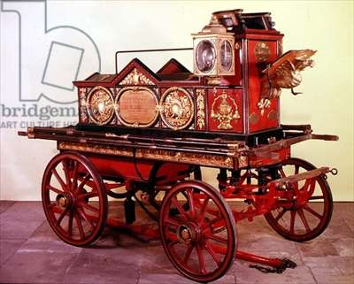 Fire engine presented to Fred Hodges in 1732 (photo)