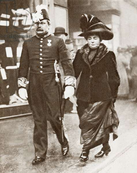 David Lloyd George, 1st Earl Lloyd-George of Dwyfor, 1863 – 1945, seen here with his first wife Dame Margaret Lloyd George,1866 – 1941, née Margaret Owen.   David Lloyd George, British Liberal politician, statesman and  Prime Minister of the United Kingdom.  From The Story of 25 Eventful Years in Pictures, published 1935.