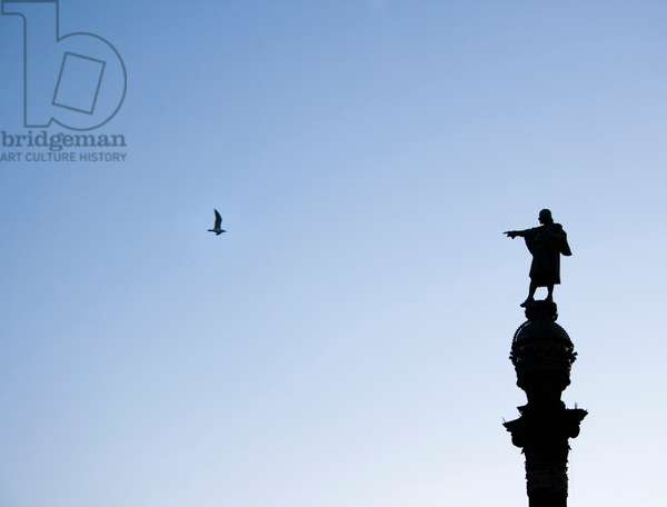 Silhouette of The Columbus Monument, Barcelona, Spain (photo)