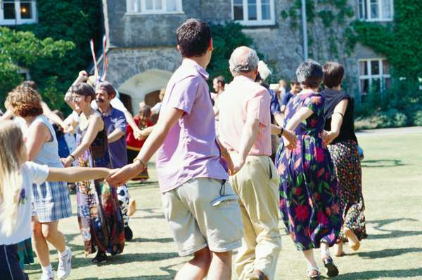 DARTINGTON  - Dance