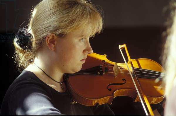 Girl playing Violin with