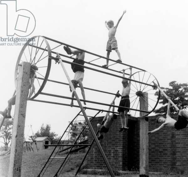 CHILDREN/PLAYGROUND 1957