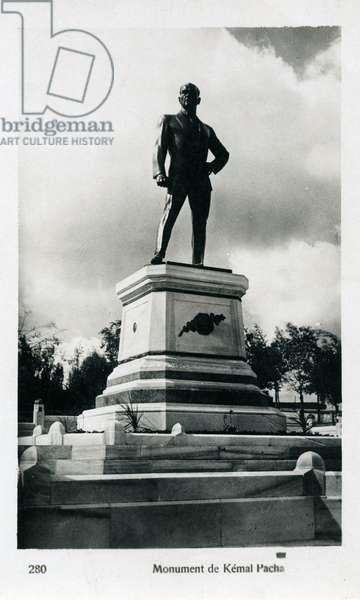 Istanbul, Turkey - Statue of Ataturk at Seraglio Point