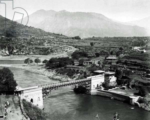 Bridge over River Jhelum, India