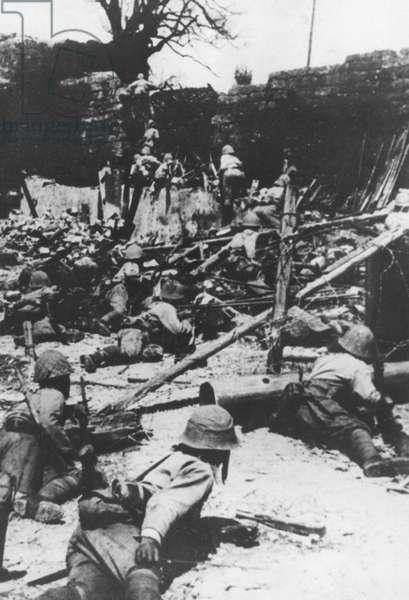 Japanese attack Chungking