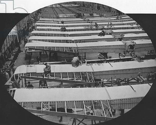 Handley Page bombers in production, WWII