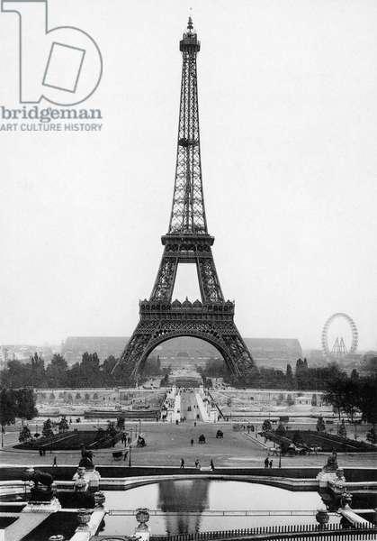 EIFFEL TOWER 1900