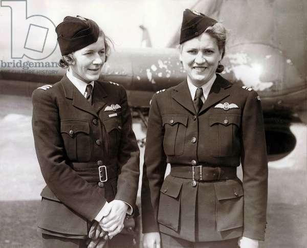 Pauline Gower et Jacqueline Cochran