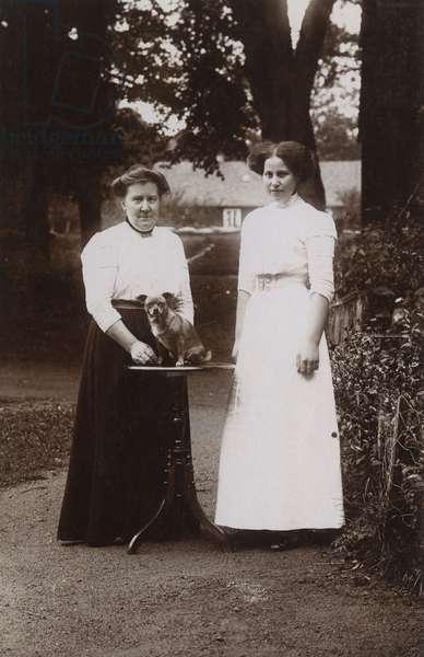 Edwardian women with dog