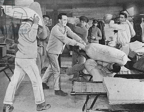 Anzac convalescents have pillow fight, WW1