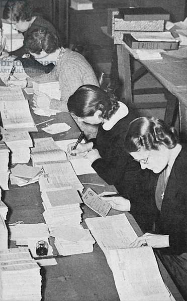 Filling in ration books