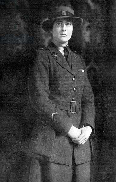 Miss Christobel Ellis decorated for war work well done