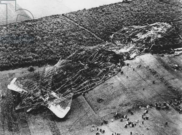 R101 CRASHES 1930