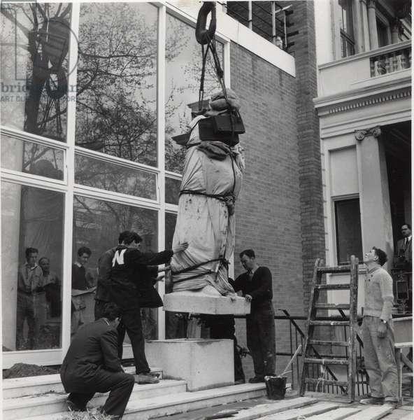 Statue outside Baden Powell House, London