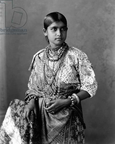 Young woman at Kandy, Ceylon (Sri Lanka)