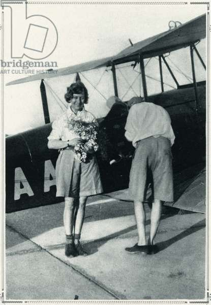 Amy Johnson solo flight London to Australia