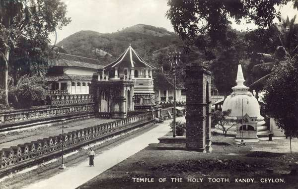Temple of the Holy Tooth - Kandy, Sri Lanka