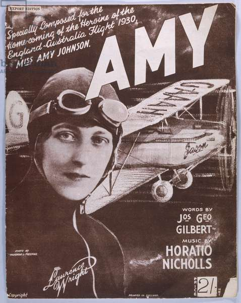 AMY JOHNSON/MUSIC SHEET