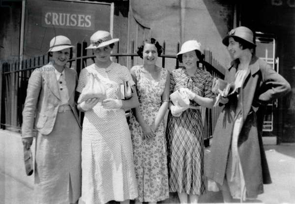 Five smart ladies near the Cruise office.