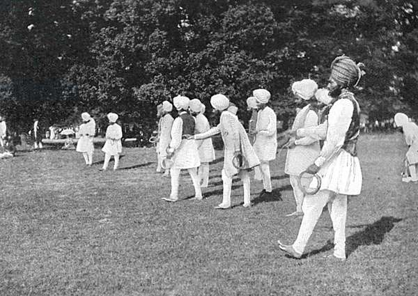 Sikh Officers playing quoits at Hampton Court Palace, 1902