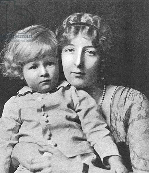 Lady Idina Wallace and her son by Madame Yevonde