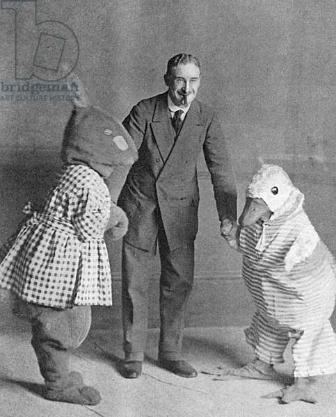 Cecil Aldin and some of the characters from The Happy Family