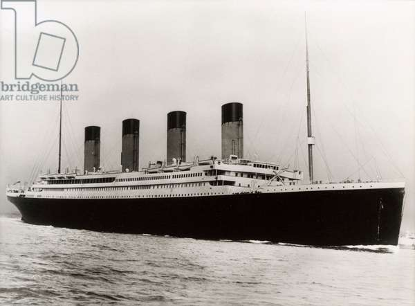 RMS Titanic at sea