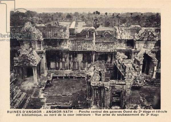 Angkor Wat - Cambodia - View into the Interior