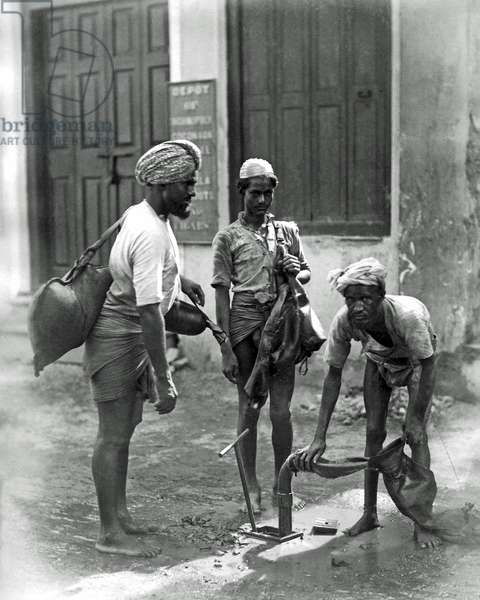 Water carriers, India