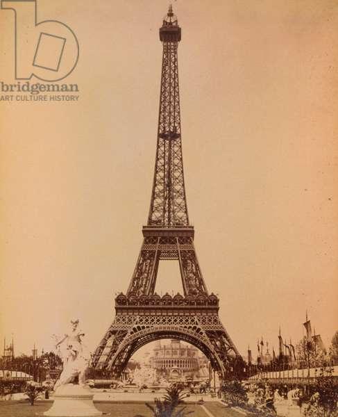 Eiffel Tower, looking toward Trocadero Palace, Paris Exposit
