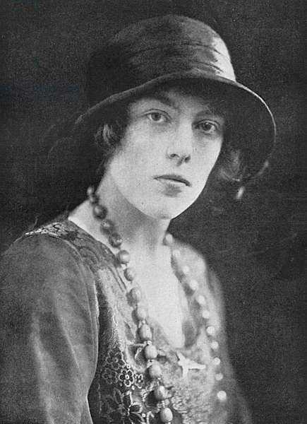 Mrs Cyril Asquith (Miss Anne Pollock)