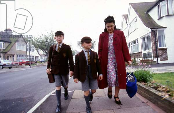 GOING TO SCHOOL 1940S