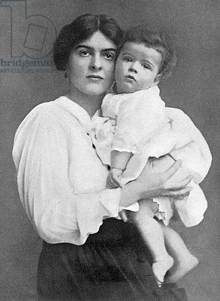 Mrs Bertram Romilly (Nellie Hozier) & baby son, Giles