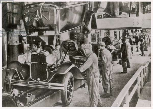 FORD ASSEMBLY LINE 1929