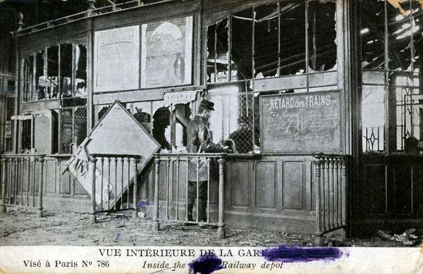 View of Albert Station in the Somme partially destroyed after the bombing between October 1914 and late 1915 - Railway Station Interior, Albert, France. Bomb Damage - World War One 1914-1915
