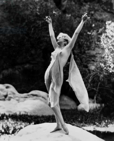 JEAN HARLOW PHOTOGRAPHED BY EDWIN BOWER HESSE IN 1929 FROM T
