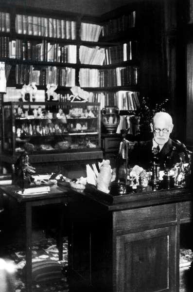 Sigmund Freud, 1937