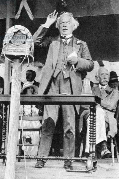 LLOYD GEORGE CIRCA 1900