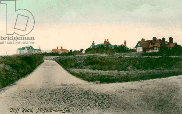 Milford on Sea, Cliff Road