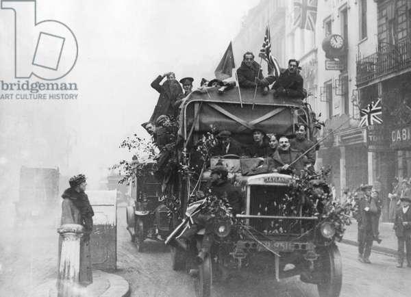 Armistice Day lorry, 11th November 1918