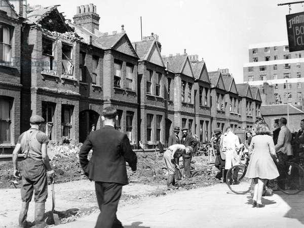 Blitz in London -- Standish Road, Hammersmith, WW2