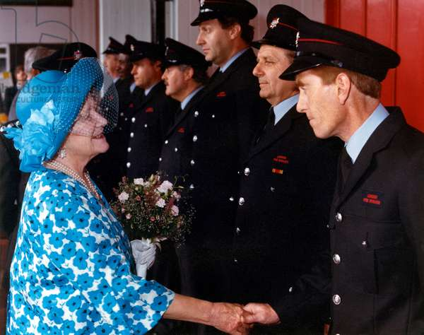 Visit by HM The Queen Mother to Chelsea Fire Station