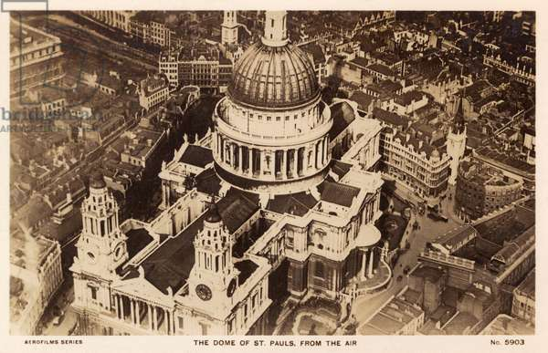 ST PAULS CATHEDRAL 1930