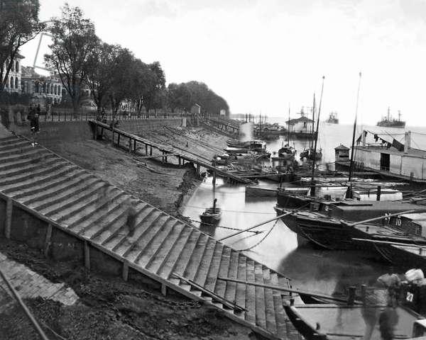 Waterfront, Hankow (Hankou), China