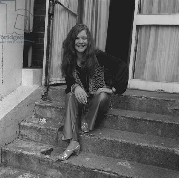Janis Joplin in Mayfair mews, London, 1969 (b/w photo)