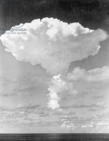 Nuclear cloud over Malden Island following the detonation of the bomb namedw Short Granite, 15th May 1957 (b/w photo)