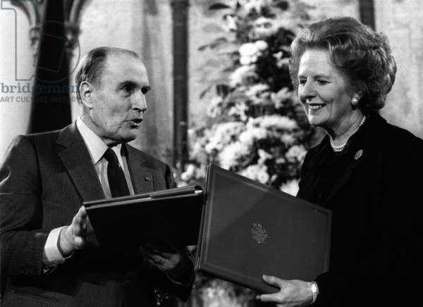 Margaret Thatcher signs the Channel Agreement with Francois Mitterrand in February 1986 (b/w photo)