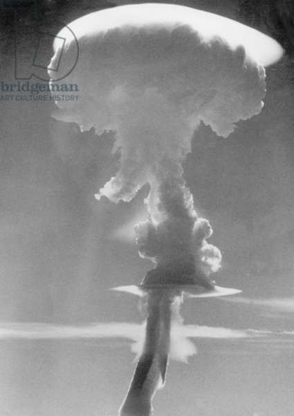 Nuclear cloud over Malden Island following the detonation of the bomb named Purple Granite, 19th June 1957 (b/w photo)